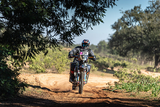 Stage 1 - Africa Eco Race 2020_TB-7660_Nicola Dutto_ #VicairHero _Vicair Cushion -LR